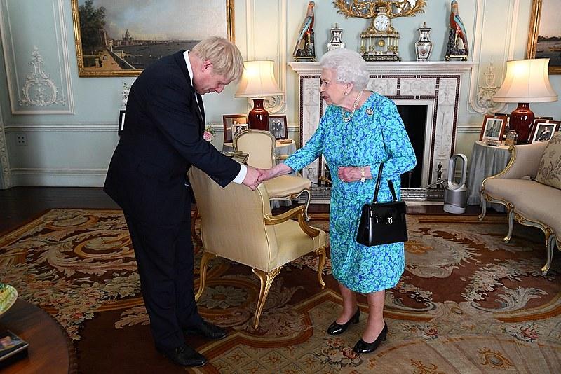 O pedido de Johnson é visto como uma forma de dificultar as atividades dos parlamentares que se opõem ao à saída sem acordo