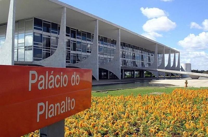Palácio do Planalto, em Brasília, é sede do Poder Executivo nacional e endereço do gabinete do presidente da República