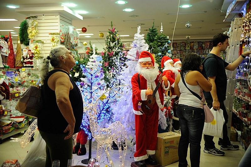 No mês de novembro, cesta básica do brasileiro comprometeu 37,89% de um salário mínimo