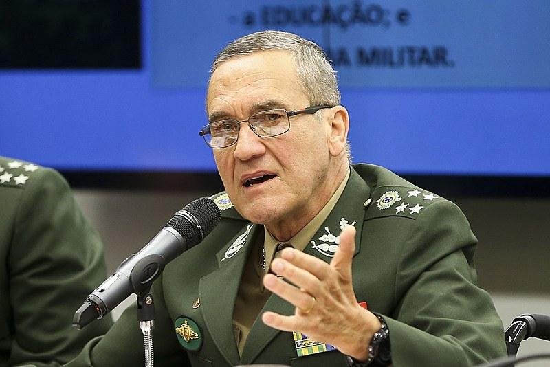 """General Villas Boas pediu garantias para agir no âmbito da intervenção """"sem o risco de surgir uma nova Comissão da Verdade"""""""