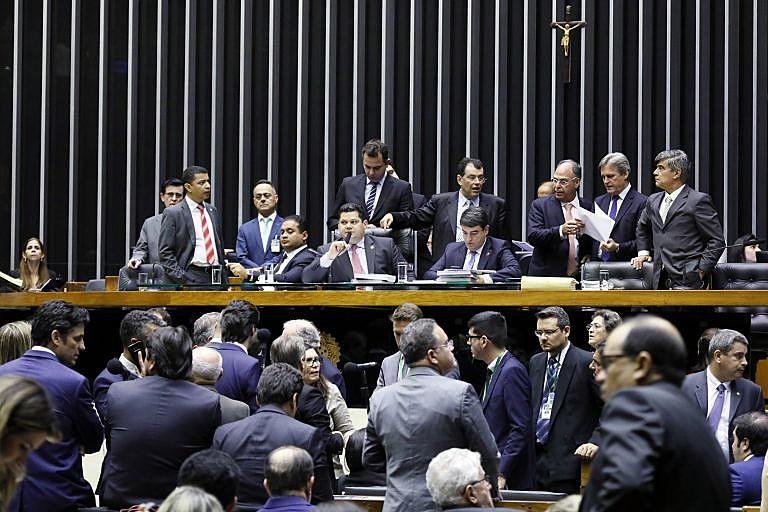 Congresso Nacional vota texto-base para Orçamento de 2020