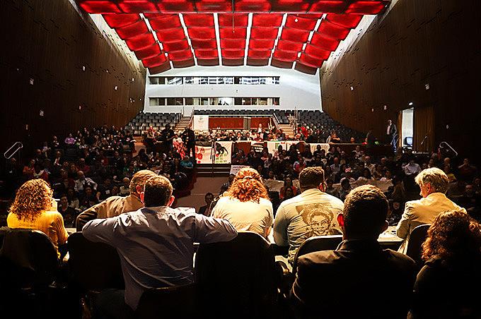 Audiência públicaaconteceu nesta terça (21) no teatro Dante Barone da Assembleia Legislativa do Rio Grande do Sul
