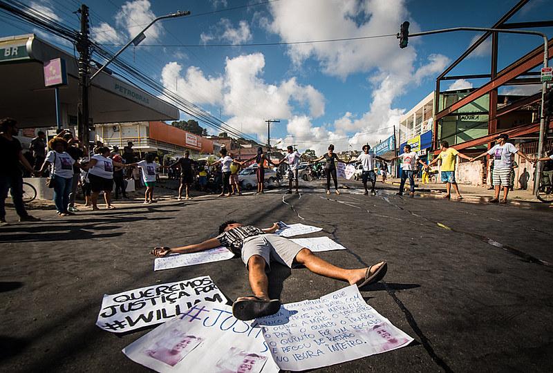 Os impactos do programa bolsonarista agravam ainda mais as principais contradições econômicas e políticas na vida da juventude no Brasil