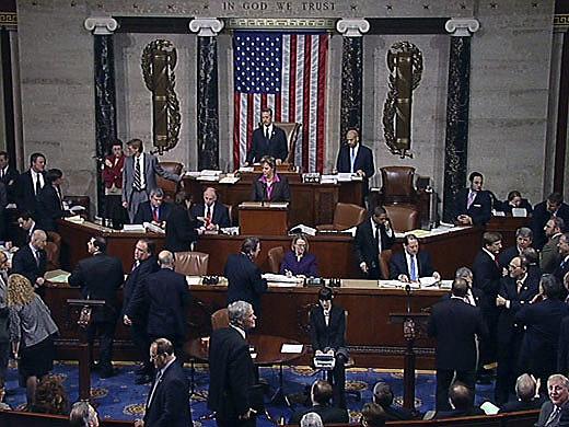 Congressistas manifestaram preocupação sobre a Proposta de Emenda Constitucional (PEC) que congela gastos públicos