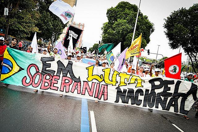 Acto en defensa de la soberanía nacional realizado en la ciudad de Rio de Janeiro, en Brasil