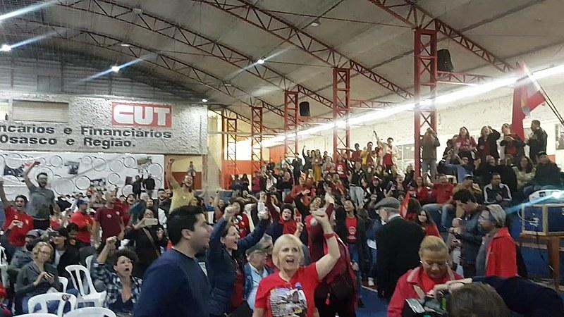 Sindicalistas se posicionaram contra onda conservadora no país