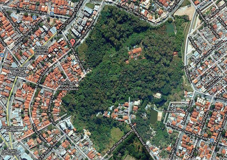 Mata do Planalto, na região Norte da capital, vem sendo cobiçada por empreiteiras há nove anos