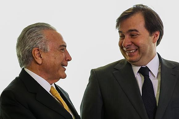 Comportamento do aliado Rodrigo Maia pode ser decisivo para as estratégias de Michel Temer