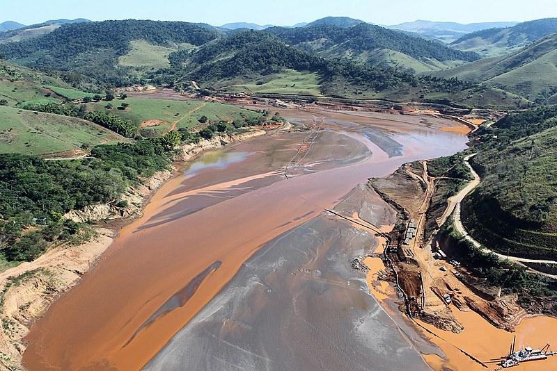 Já se passaram dois anos e meio do maior desastre socioambiental