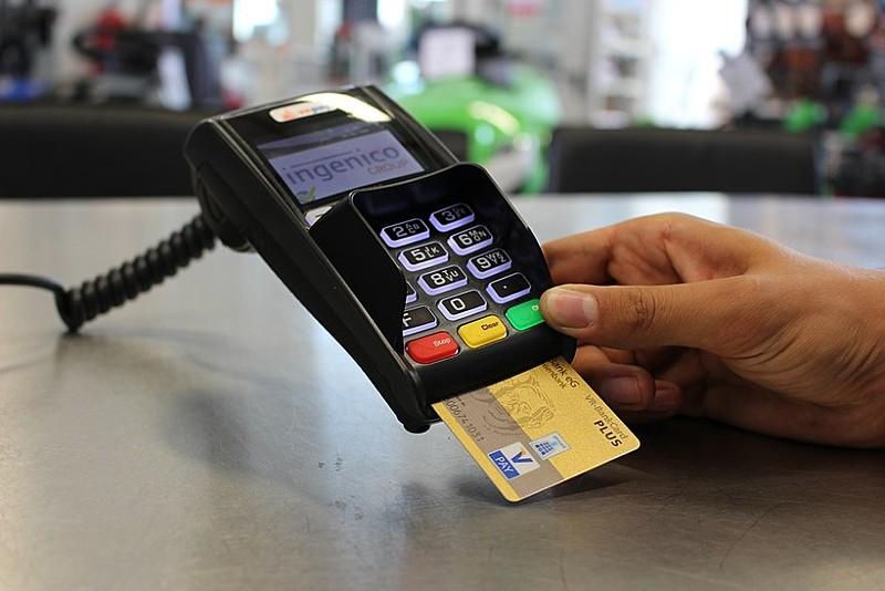 O cartão de crédito é a principal causa de endividamento, chegando a marca de 77,6%