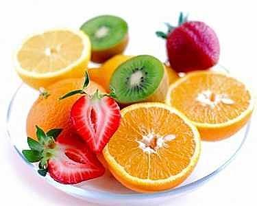 Kiwi, laranja, morango são algumas das frutas que contém vitamina C