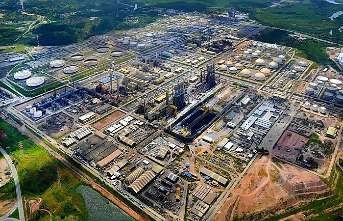 Abreu e Lima é a única refinaria brasileira totalmente construída com tecnologia nacional