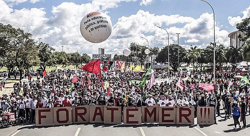 Protesto nesta quarta-feira (24) reuniu 200 mil na capital federal