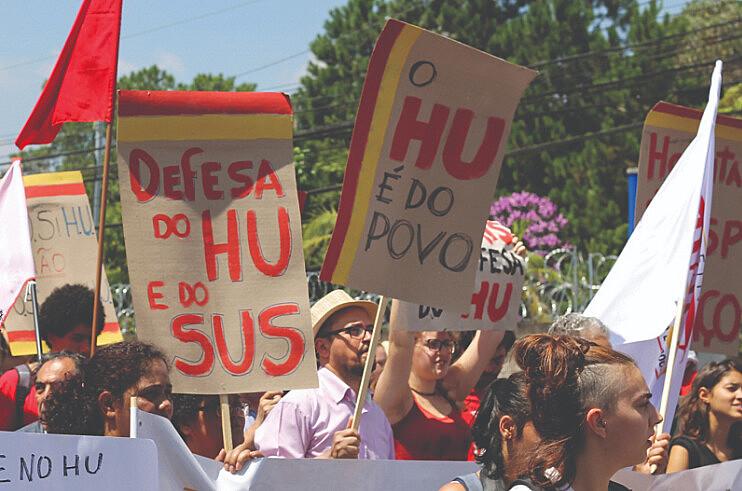 Manifestação em defesa do Hospital Universitário