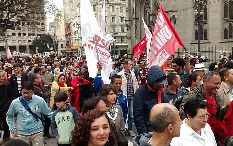 Ato das pastorais sociais pelo Grito dos Excluídos partiu da Sé em caminhada para o Glicério, em São Paulo: ameaça a direitos e aumento da pobreza