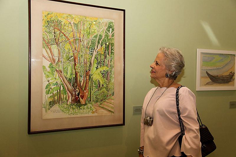 A exposição reúne cerca de 60 obras, entre gravuras, desenhos, pinturas e em especial as aquarelas