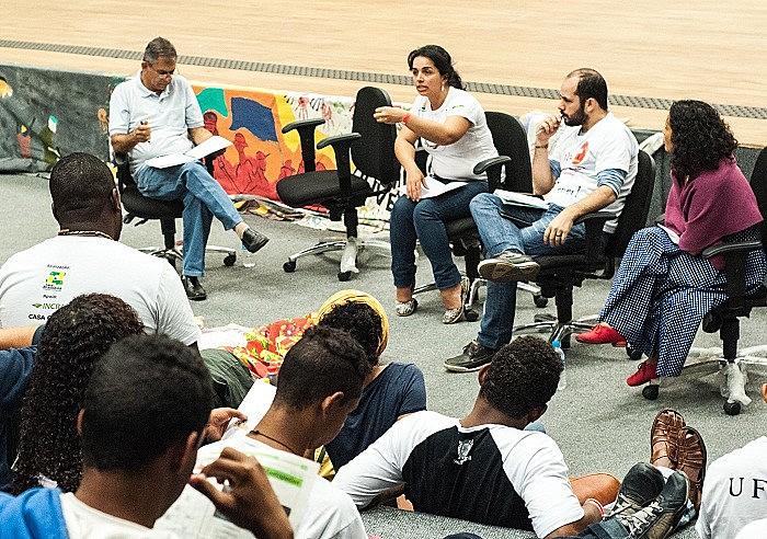 El seminário ocurrió durante el Festival de Cultura y Arte de la Reforma Agraria en Belo Horizonte, Minas Gerais.