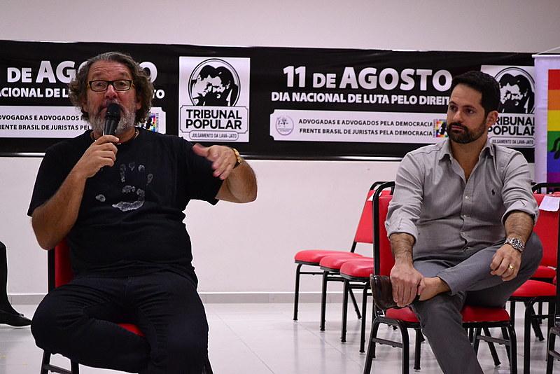 Os advogados criminalistas Antônio Carlos de Almeida Castro - conhecido como Kakay -, e Marcelo Turbay participam da programação do Tribunal