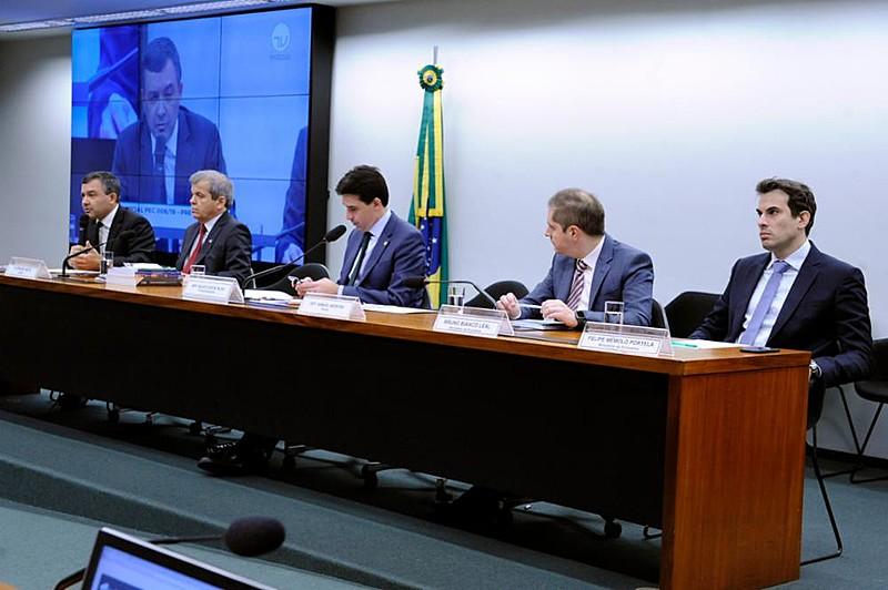 Tema foi objeto de audiência pública nesta quinta-feira (30) na Câmara dos Deputados