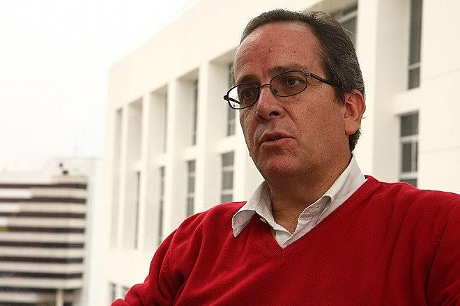 Alberto Acosta foi ministro de Minas e Energia do Equador e participou do processo de constituinte do país