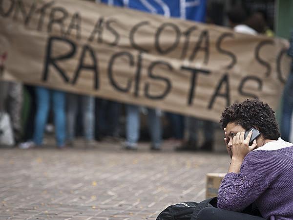 Protesto pede adoção de cotas na Universidade de São Paulo