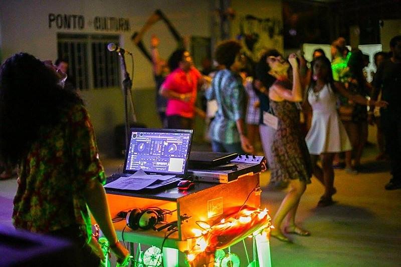 Festa acontece na Associação de Mulheres Rendeiras, no bairro José e Maria