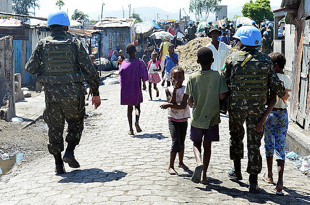 Durante 13 anos, foram deslocados cerca de 37 mil militares brasileiros para o Haiti para atuarem na Minustah