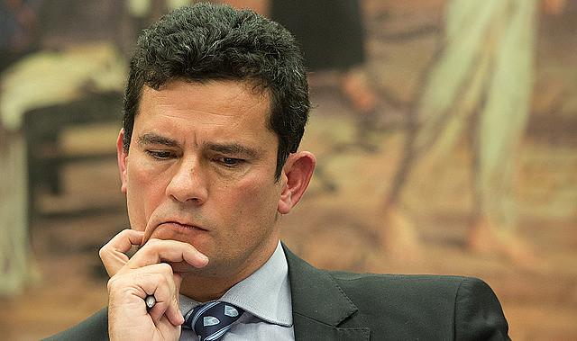 Mesmo com apartamento próprio na cidade onde atua, Sergio Moro é um dos juízes que recebe o auxílio