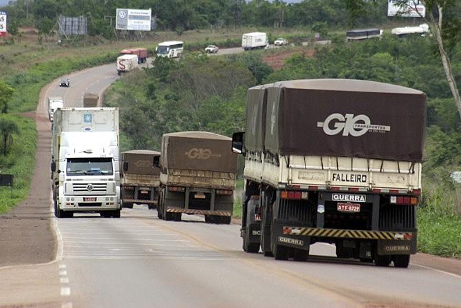 Após novas ameaças de greve da categoria, o governo suspendeu a tabela da ANTT e convocou os condutores para uma reunião em Brasília (DF)