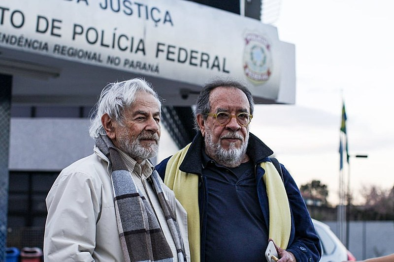 Segundo Raduan Nassar (esq.) e Fernando Morais (dir.), a soberania nacional é a principal preocupação de Lula