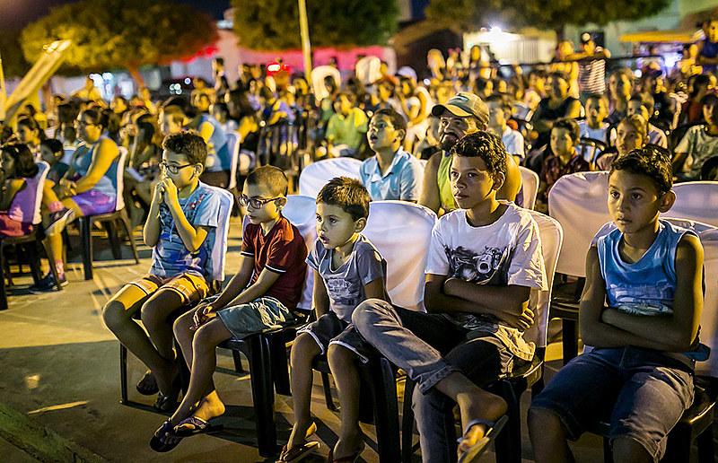 Projeção de filmes na cidade de Trindade, sertão de Pernambuco