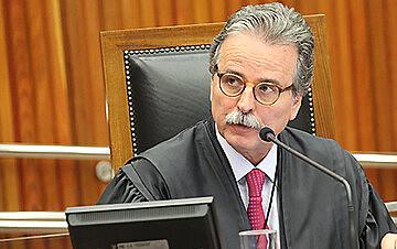 Martins: não há qualquer controle para prevenir desvios ou descumprimentos dos contratos