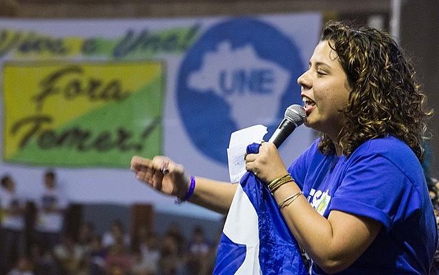 Marianna Dias, atual presidenta da UNE, durante eleição no Conune de 2017, em Belo Horizonte (MG)