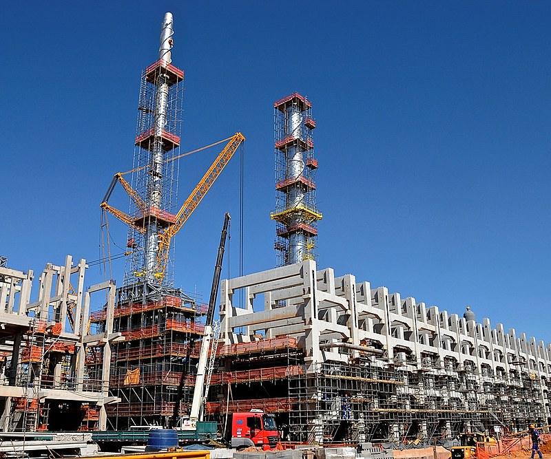 Complexo Petroquímico que abrigava mais de 30 mil trabalhadores, hoje tem apenas 600 funcionários