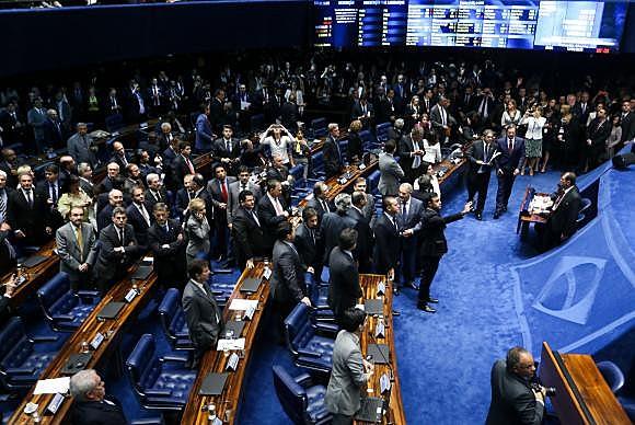 Brasília - Por 55 votos a favor e 22 contra, Senado abre processo de impeachment da Presidenta Dilma Rousseff