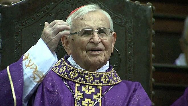 Funeral de D. Paulo seguirá até as 15h desta sexta-feira (16)