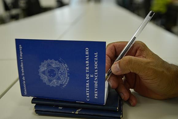 O procurador geral da República, Rodrigo Janot ajuizou a lei da terceirização. Mas quais são as ameaças desta lei?