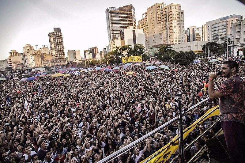 A manifestação na capital paulista ocorreu no Largo da Batata, zona oeste; entre os músicos que se apresentaram estava o cantor Criolo