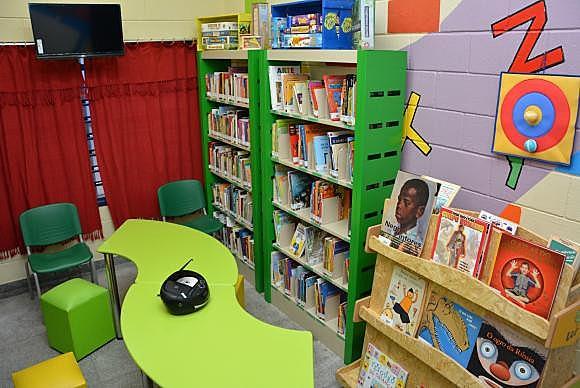 Gestão municipal fechou salas de leitura e brinquedotecas em pelo menos 33 escolas de educação infantil no município