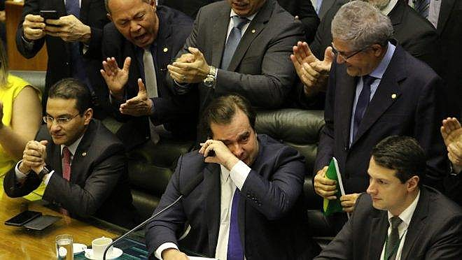 Presidente da Câmara, Rodrigo Maia foi às lágrimas com a aprovação da reforma da Previdência em primeiro turno