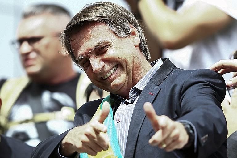 Carta de Bolsonaro responsabiliza os governos do PT pelos problemas do país, embora o partido não ocupe o governo federal desde 2016