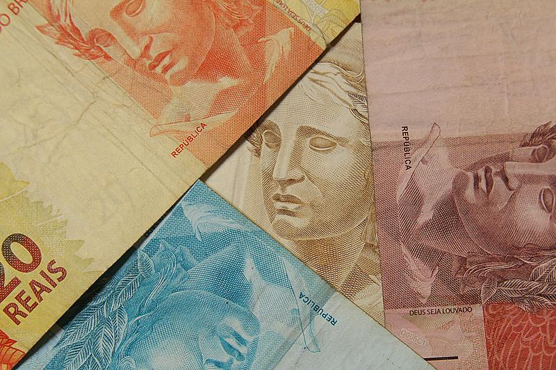 dinheiro real