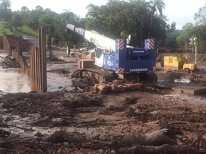 Registro da estrada após o rompimento da barragem de Córrego do Feijão, de propriedade da Vale
