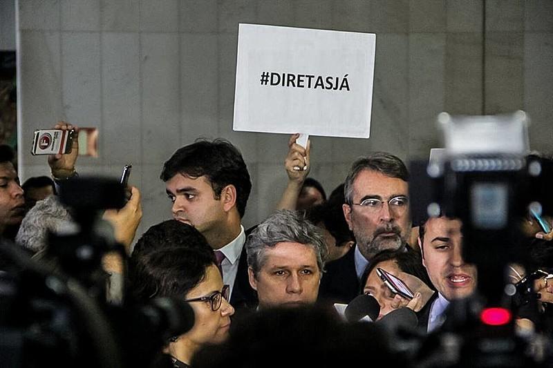 Manifestações por Diretas Já tomam fôlego no país