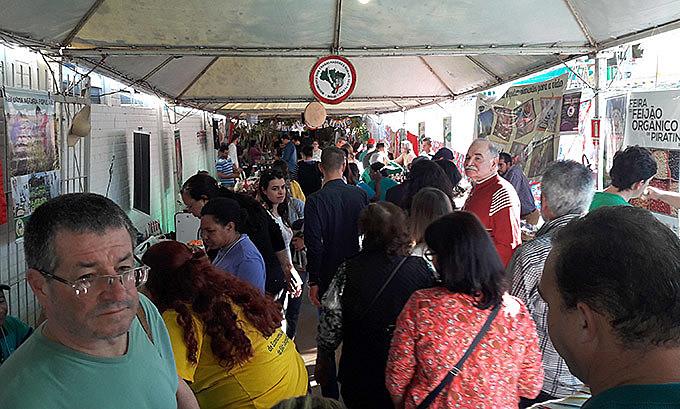 Feira coloca a cidade de Santa Maria e o estado do Rio Grande do Sul como referência internacional em Economia Solidária