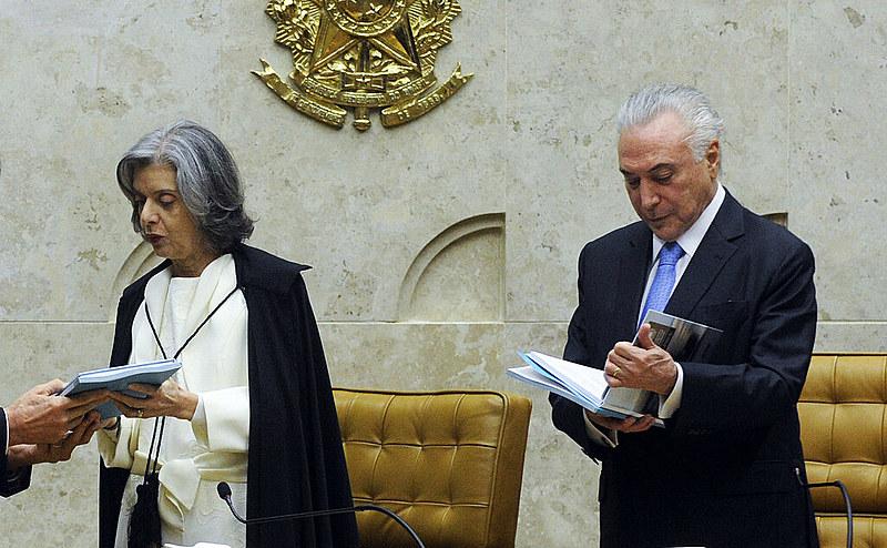 Ministra Cármen Lúcia no Senado durante início do ano Judiciário de 2018