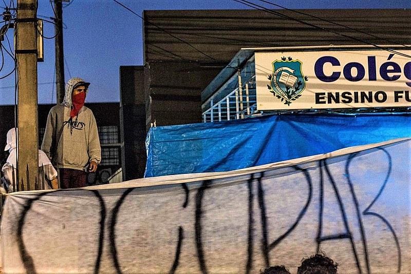 Iniciativa desencadeou um processo massivo de ocupações que paralisou as atividades em mais de 800 colégios do Paraná