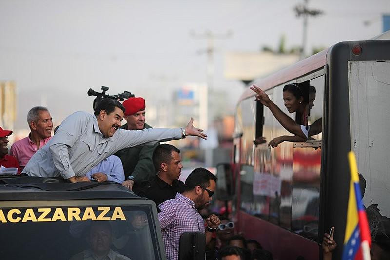 Nicolás Maduro em ato no estado de Barcelona