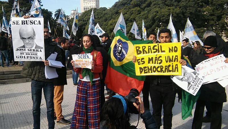 """""""Temos de recorrer a uma ampliação e democratização doconceito de cidadania"""""""