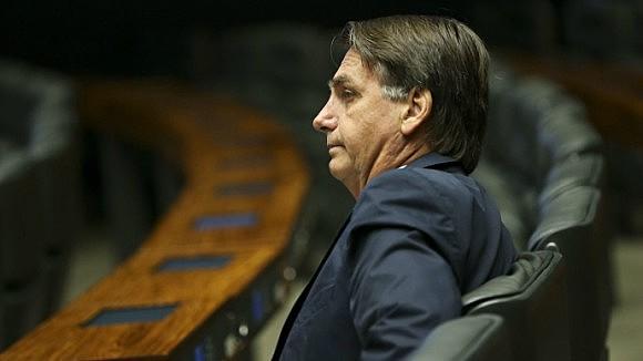 Mesmo com liberação médica, candidato do PSL prefere não debater na televisão